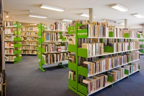 image intérieure de la bibliothèque municipale de Lyon