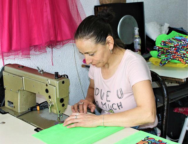 devenir auto entrepreneur couture