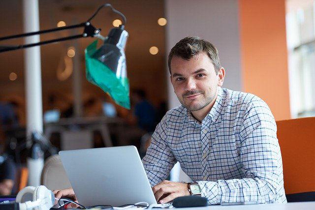 devenir auto entrepreneur coworking