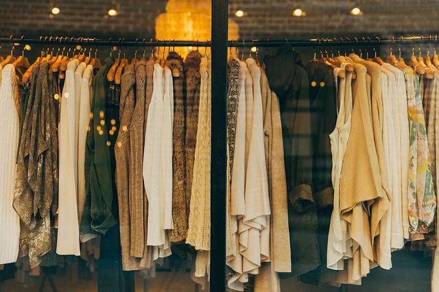 louer ses vêtements garde-robe