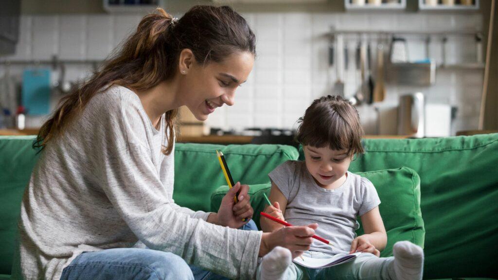 Comment devenir assistante maternelle